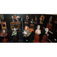 Otras miniaturas y bustos